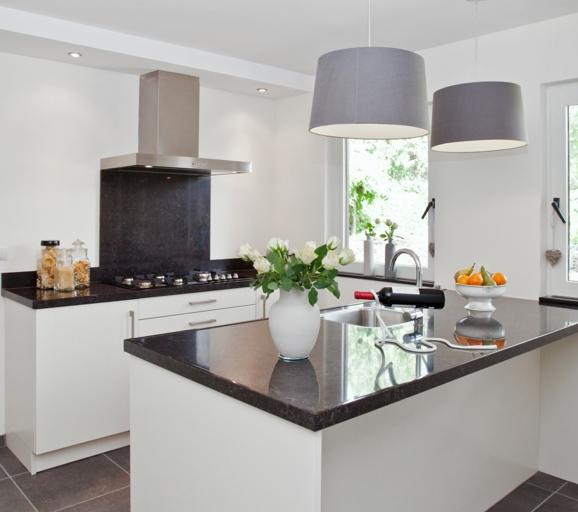 Rechte keukens goedkoop beste inspiratie kamers design en meubels - Center meubilair keuken ...