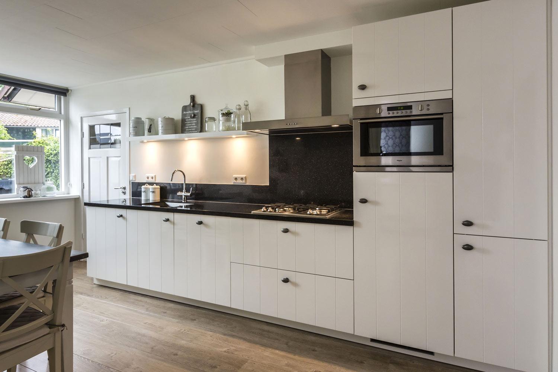Keuken Hoogglans Wit Met Hout : Keukenstijlen. Vind hier de meeste keukenstijlen. – Avanti
