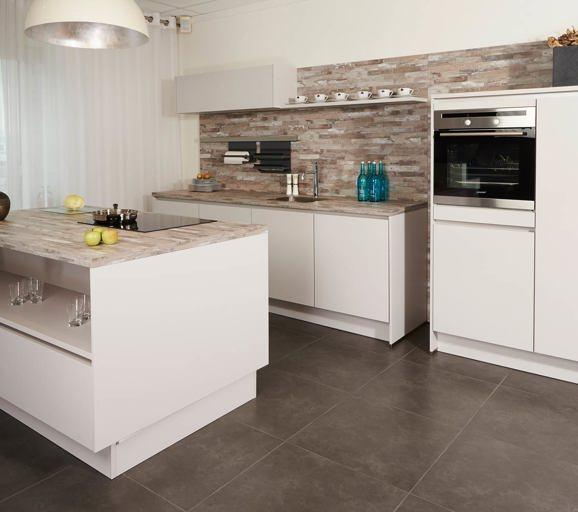 Keukens met direct de scherpste prijs avanti - Keuken platform ...