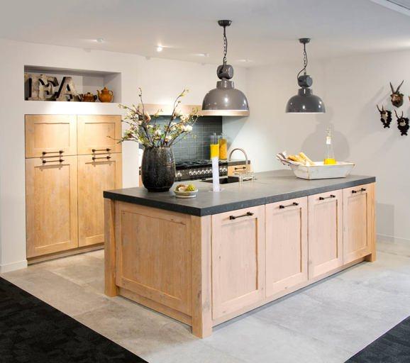 Houten keukens in elke stijl en opstelling avanti - Keuken houten moderne ...